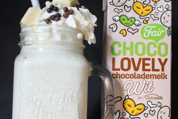 Chocolademelk maken en versieren